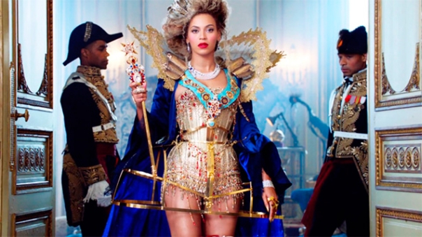 Beyonce-Mrs-Carter-Tour-Abre