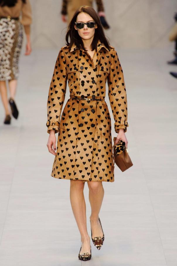 burberry-proporsum-lfw-fall-2013-16