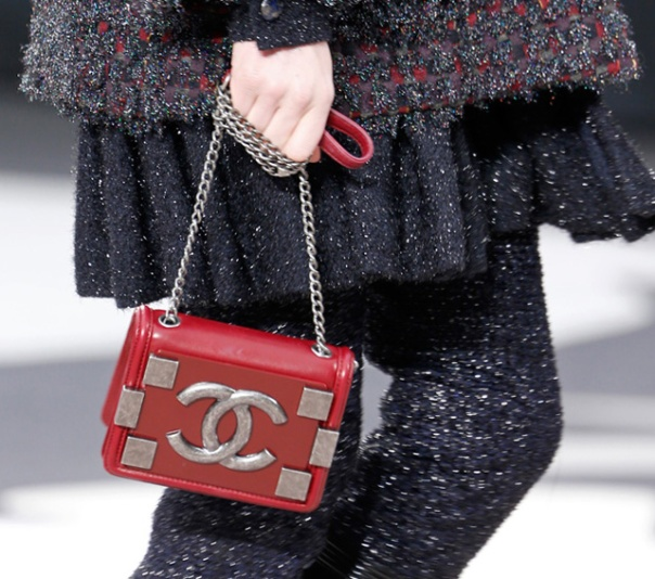 Chanel-Fall-2013-Handbags-5